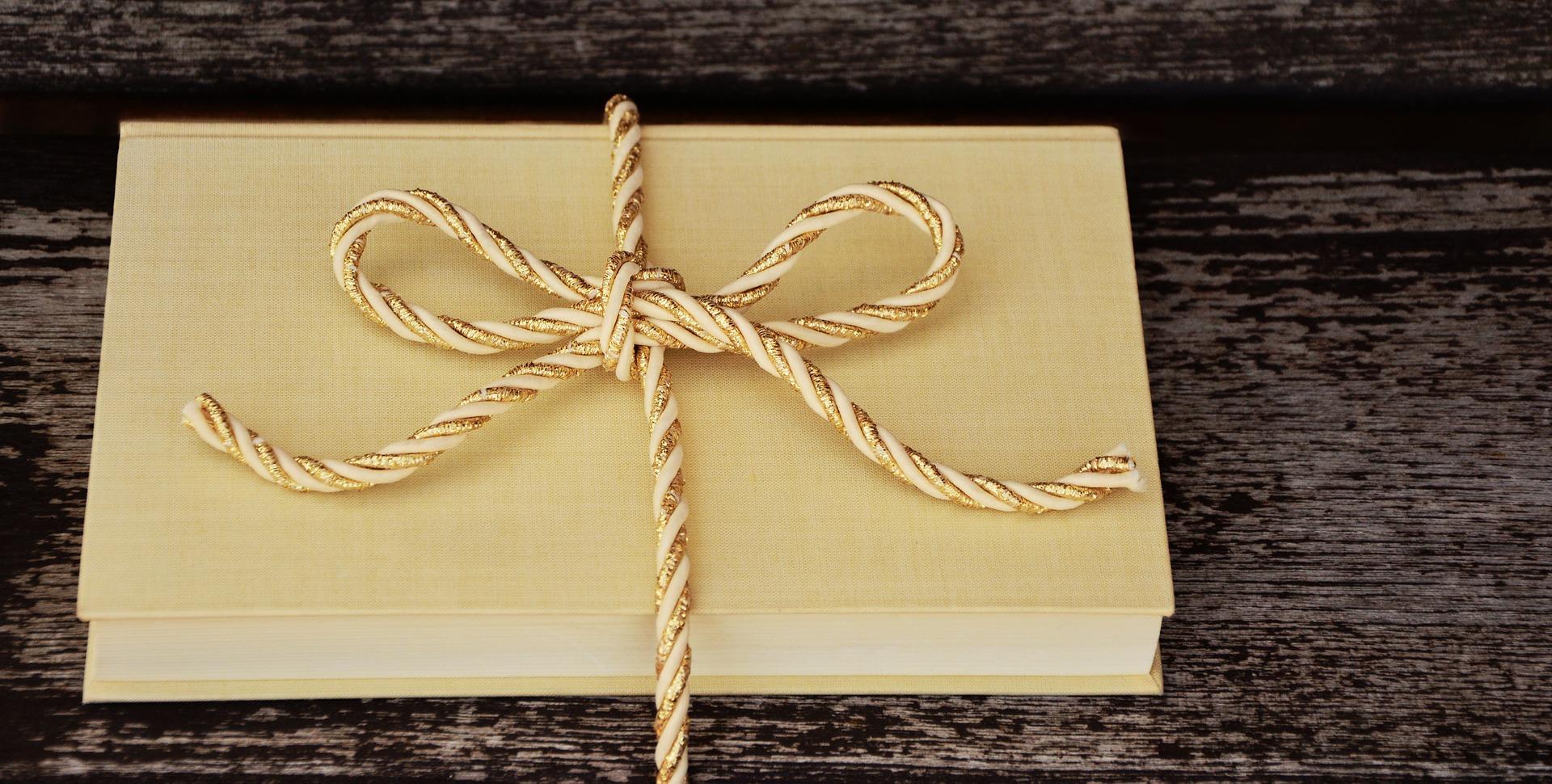 customer gift ideas